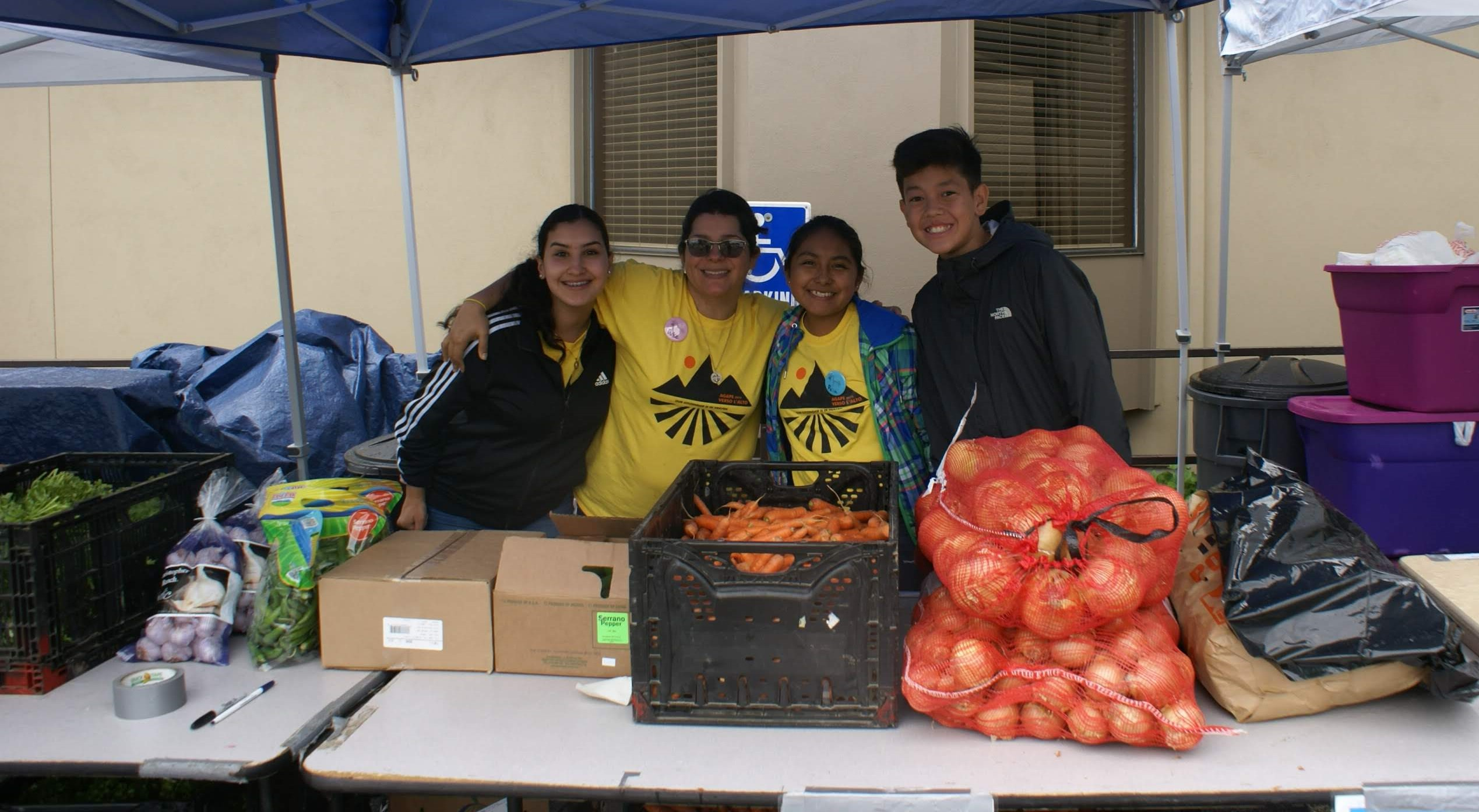 agape, food bank, youth, smiles, service, volunteer