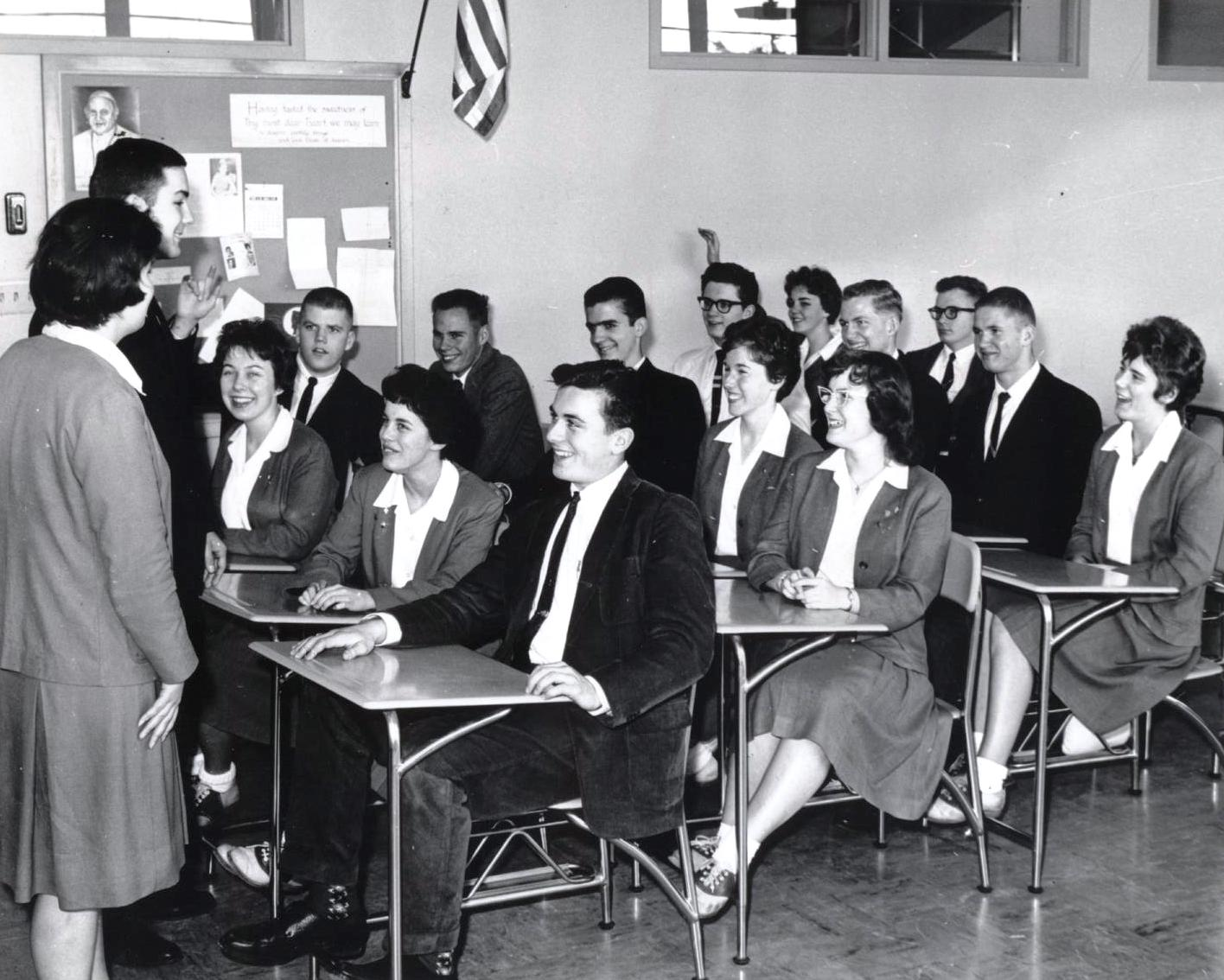 Students at Blanchet High School in classroom. VR1040.0099